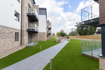 Epsom Court, Hendon,, NW4 NW4 1AY