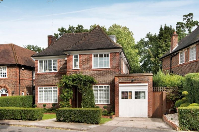 Rowan Walk Hampstead Garden Suburb Apartments Houses
