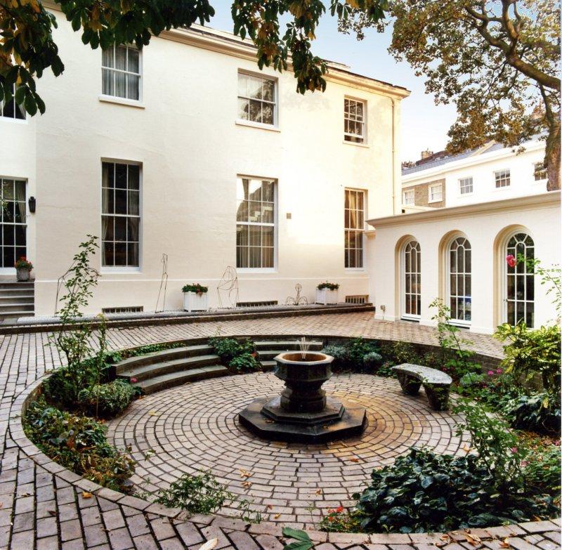 Regents Park Apartments: Flats, Apartments & Houses For Sale